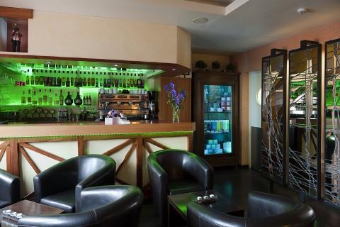 bar lounge chartres salon de the voves eure et loir 28 logis france quai fleuri. Black Bedroom Furniture Sets. Home Design Ideas