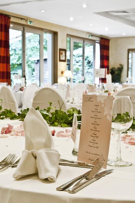 Salle mariage chartres reception voves eure et loir 28 for Entretien jardin eure et loir