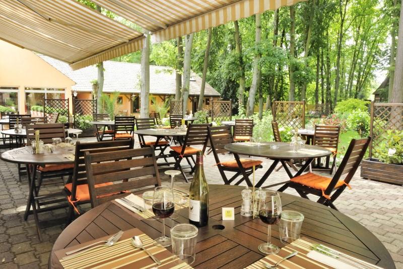 paques restaurant chartres voves orleans eure et loir 28 quai fleuri. Black Bedroom Furniture Sets. Home Design Ideas